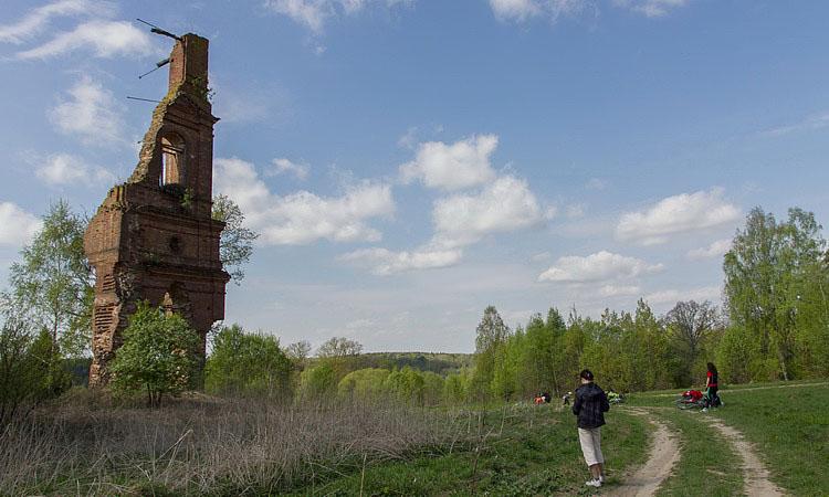 Разрушенная церковь в Покров